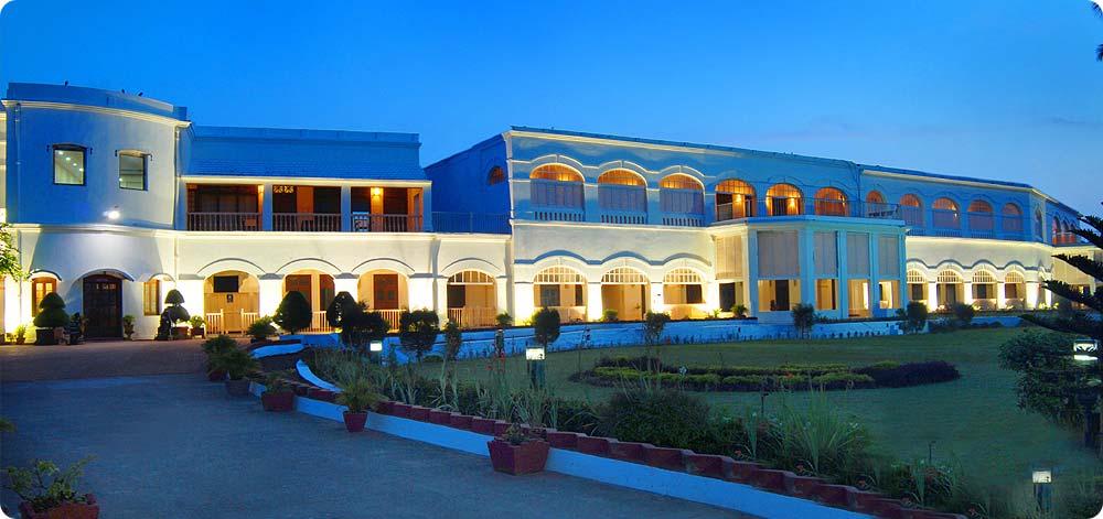 victoria club hotel puri